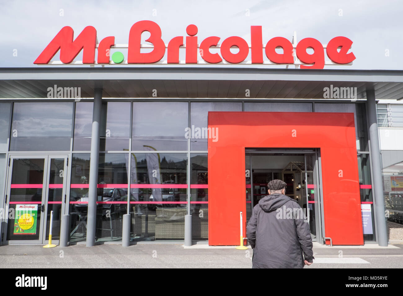Mr Bricolage Montreuil French Diy Store Stock Photos French Diy Store Stock Images Alamy