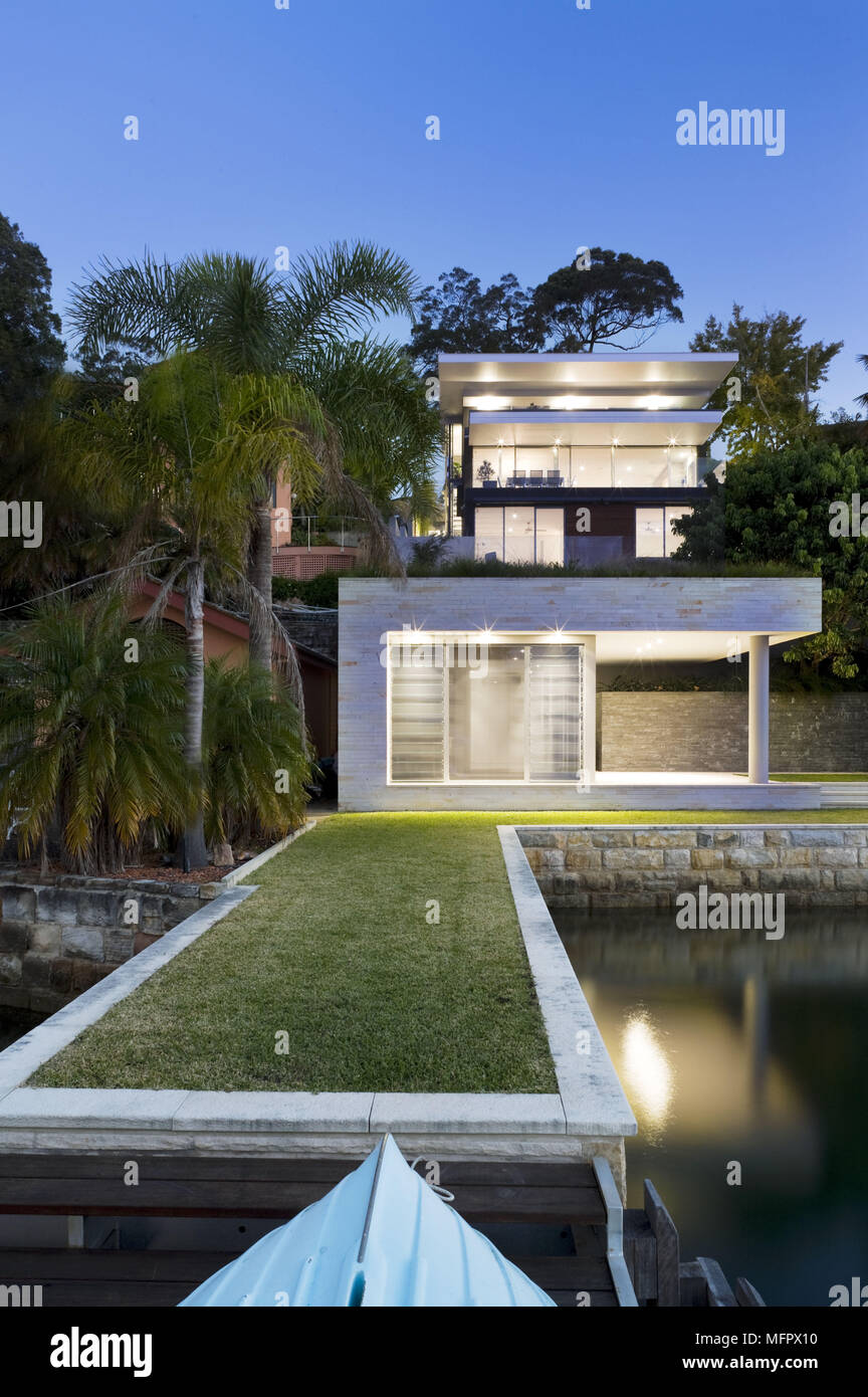 Container Haus Mit Pool 211355 Stock Photos 211355 Stock Images Alamy