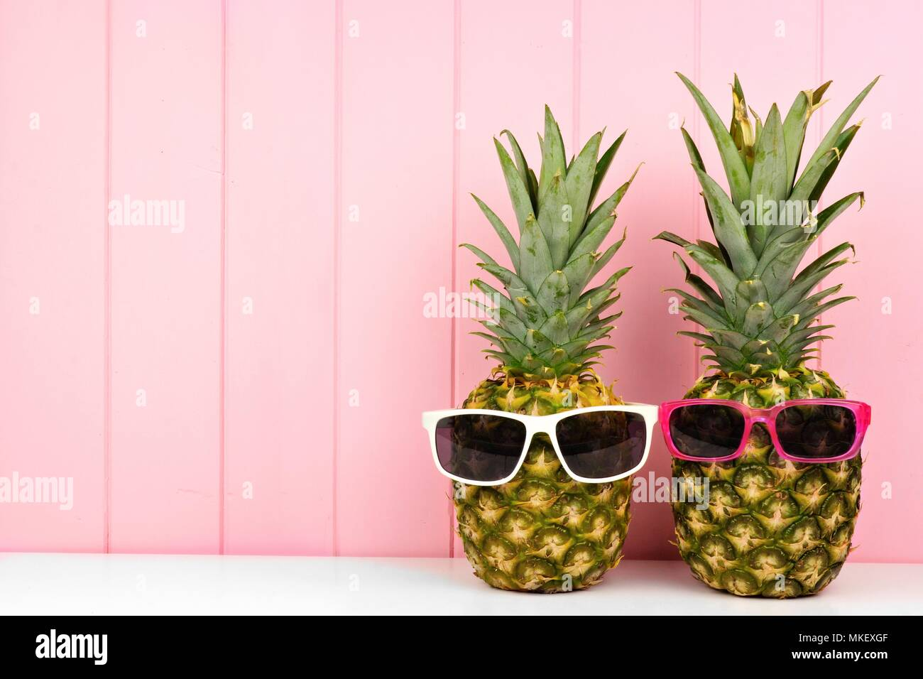 Pineapple With Sunglasses Tumblr Trendy Pineapple Fruit Hipster Sunglasses Stock Photos