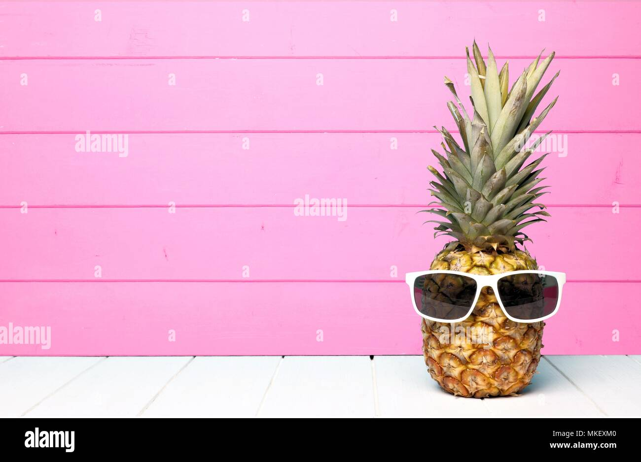 Pineapple With Sunglasses Tumblr Sunglasses Pastel Stock Photos And Sunglasses Pastel Stock