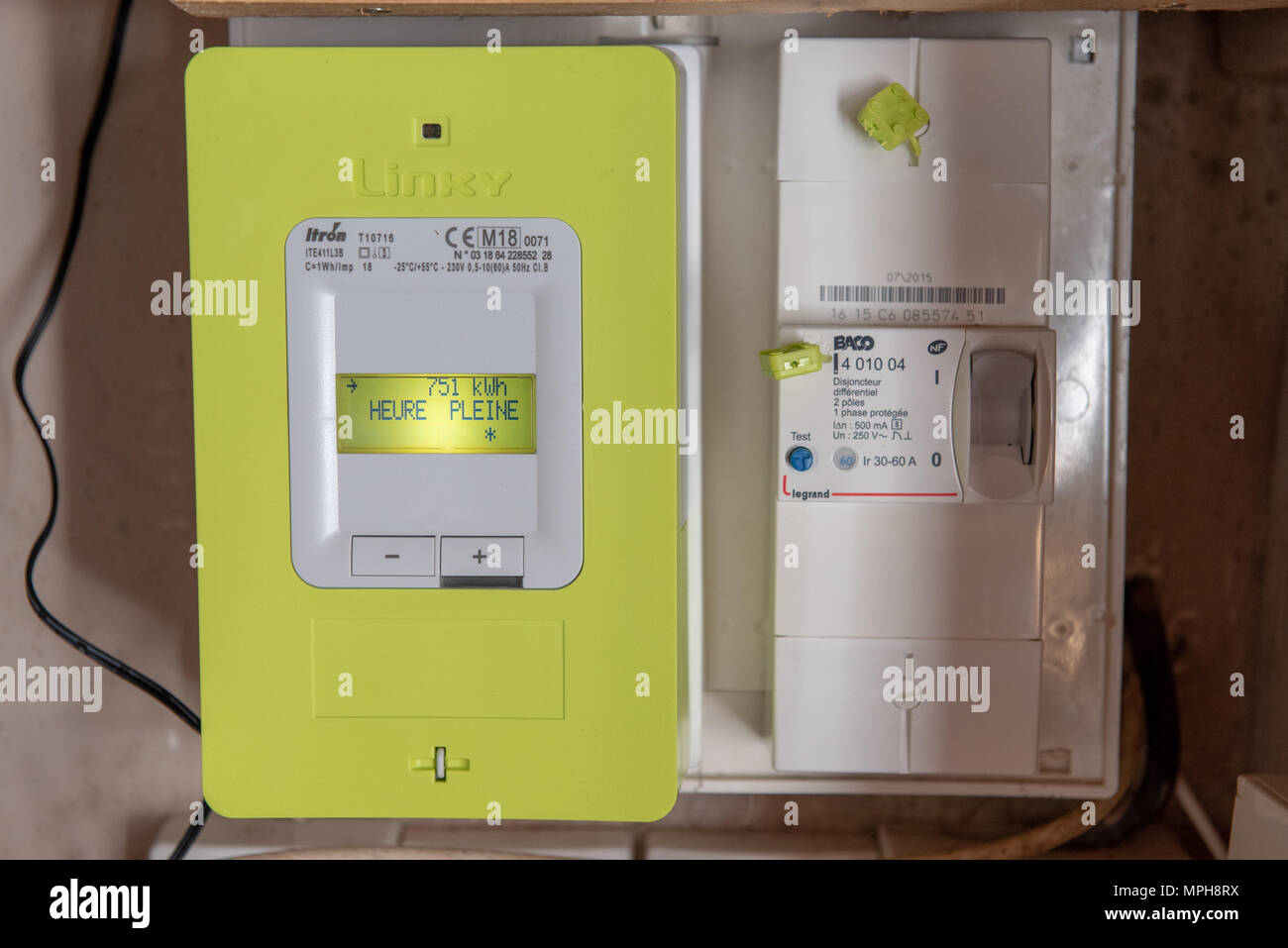 Compteur Linky Disjoncteur Paris France May 04 2018 New Smart Electric Meter Linky From