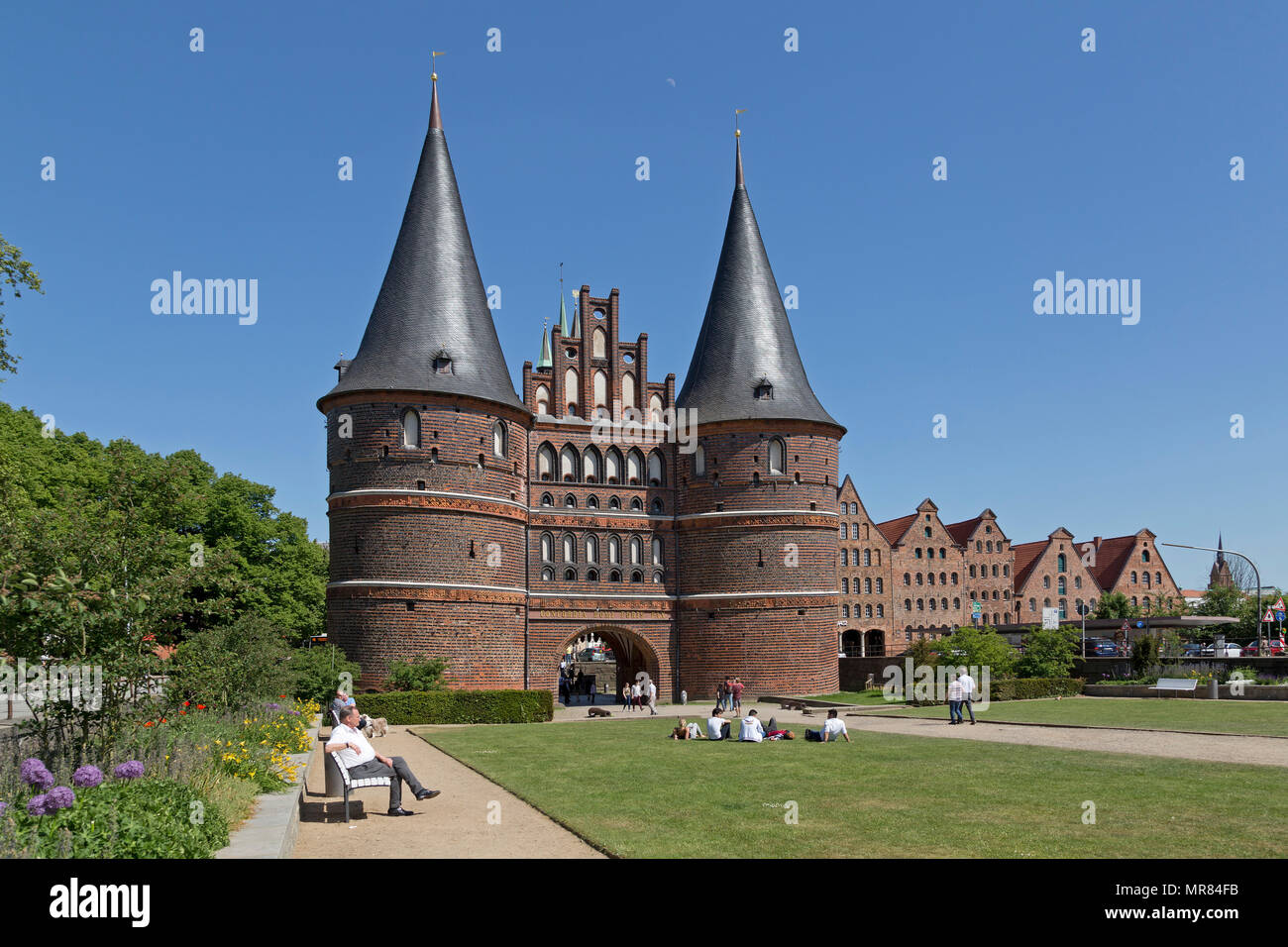 Shoppen In Lübeck Luebeck Germany Holstentor Stock Photos And Luebeck Germany