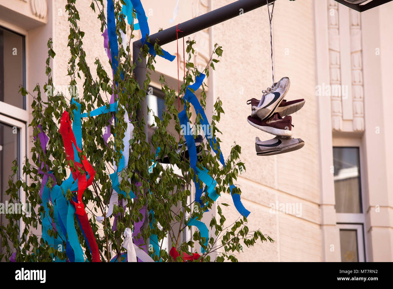 Straßenlaterne Köln Schuhe Stock Photos And Schuhe Stock Images Alamy