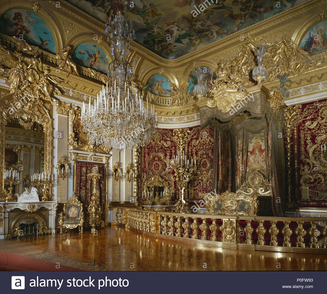 Schloss Linderhof Schlafzimmer Bedroom Of Ludwig Ii At Herrenchiemsee Palace Built 1879