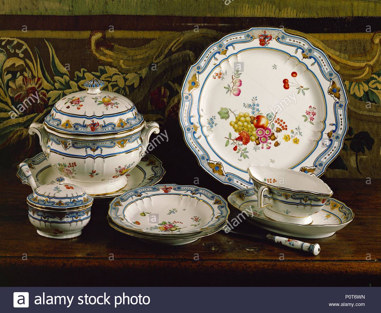 Mannheim Frankenthal Jenner Table Set