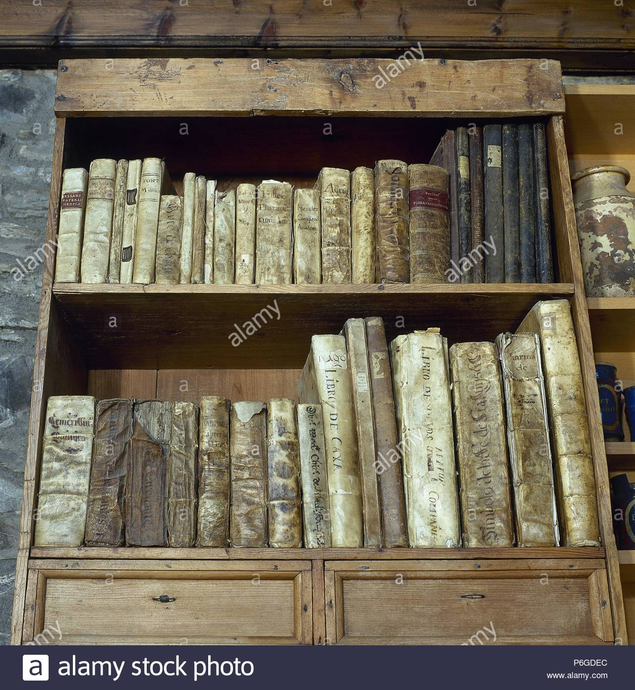 Libros Antiguos Llivia Stock Photos And Llivia Stock Images Alamy