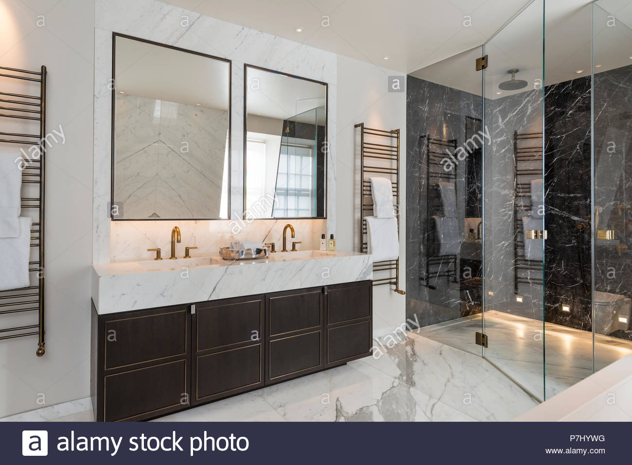 Art Deco Bathroom Shower And Washbasin In Art Deco Bathroom Stock Photo 211222076