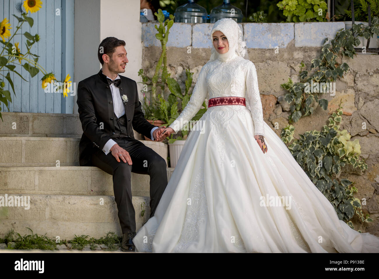 Hochzeit Islam Wedding Turban Stock Photos And Wedding Turban Stock Images