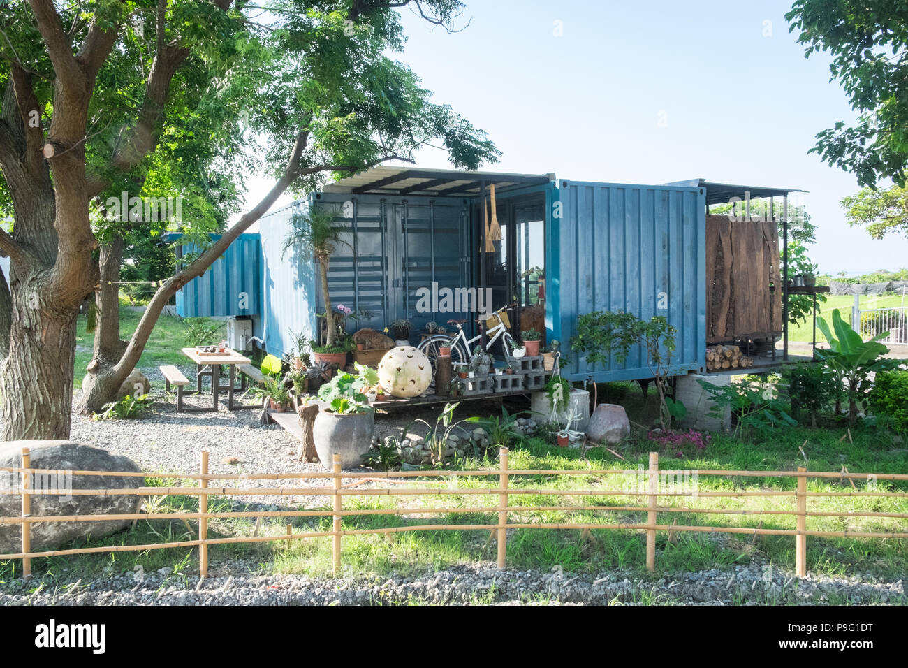 Container Haus Holland Shipping Container House Stock Photos And Shipping Container
