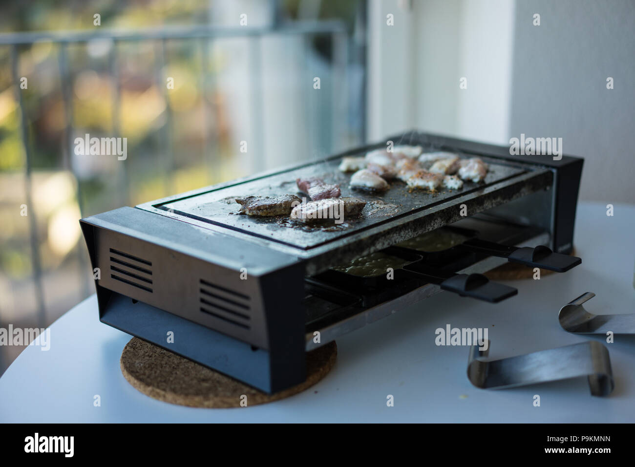 La Table A Raclette Raclette Grill Stock Photos Raclette Grill Stock Images Alamy
