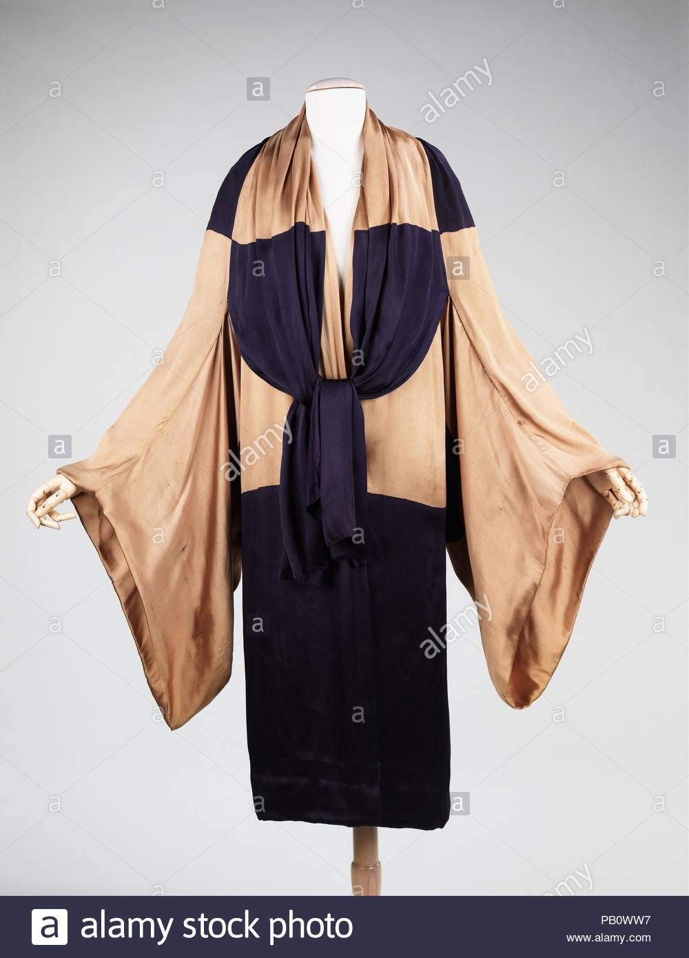 Salon Art Et Deco Paris Evening Coat Culture French Designer Attributed To Paul Poiret