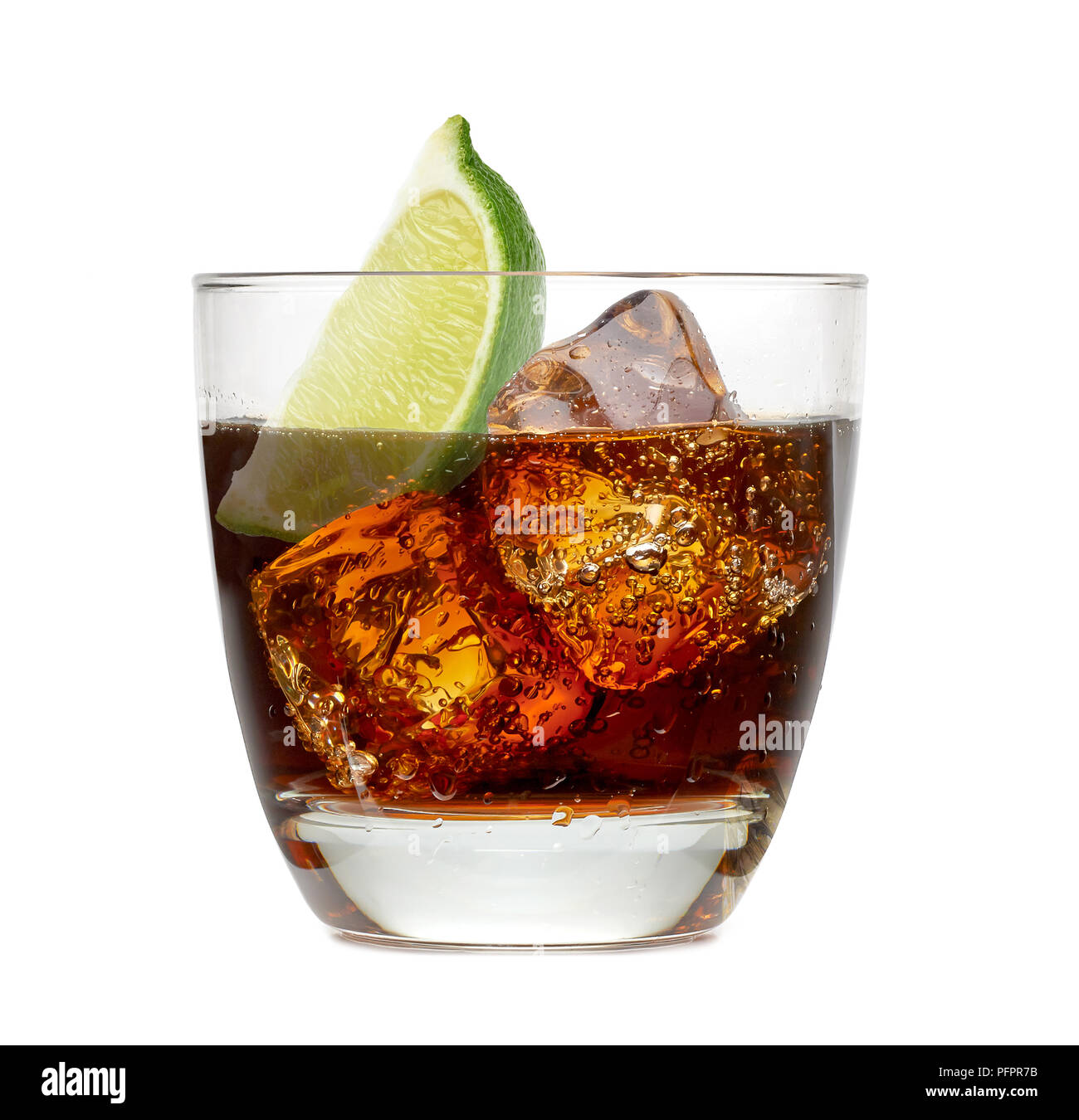 Cuba Libre Drink Coca Cola In Glass With Ice Stock Photos And Coca Cola In