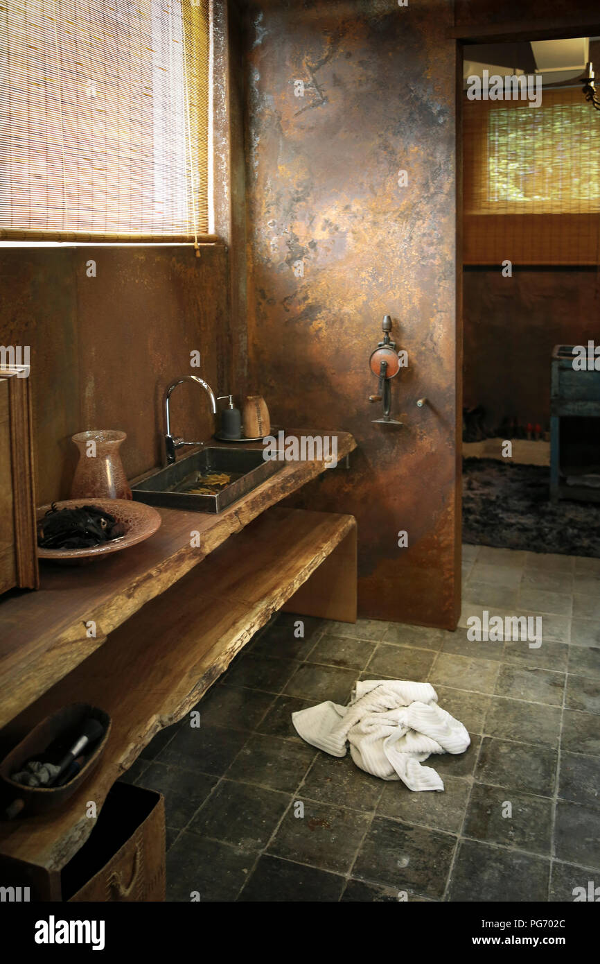 Modern Bathroom With Corten Steel Wall Cladding Stock Photo Alamy