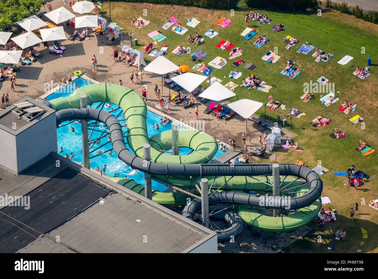Zwembad Oberhausen Aquapark Stock Photos And Aquapark Stock Images Alamy
