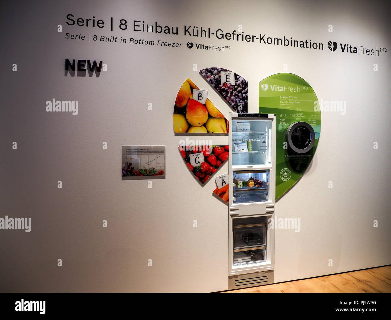 Kleiner Kühlschrank Gebraucht Berlin : Kühlschrank berlin miniküche mit kühlschrank
