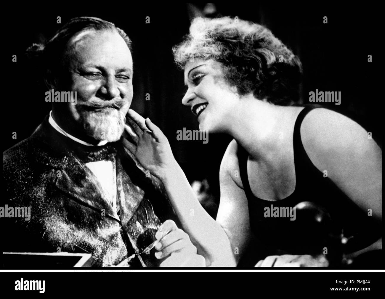 Der Blaue Engel Josef Von Sternberg Dr Emil Black And White Stock Photos And Images Alamy