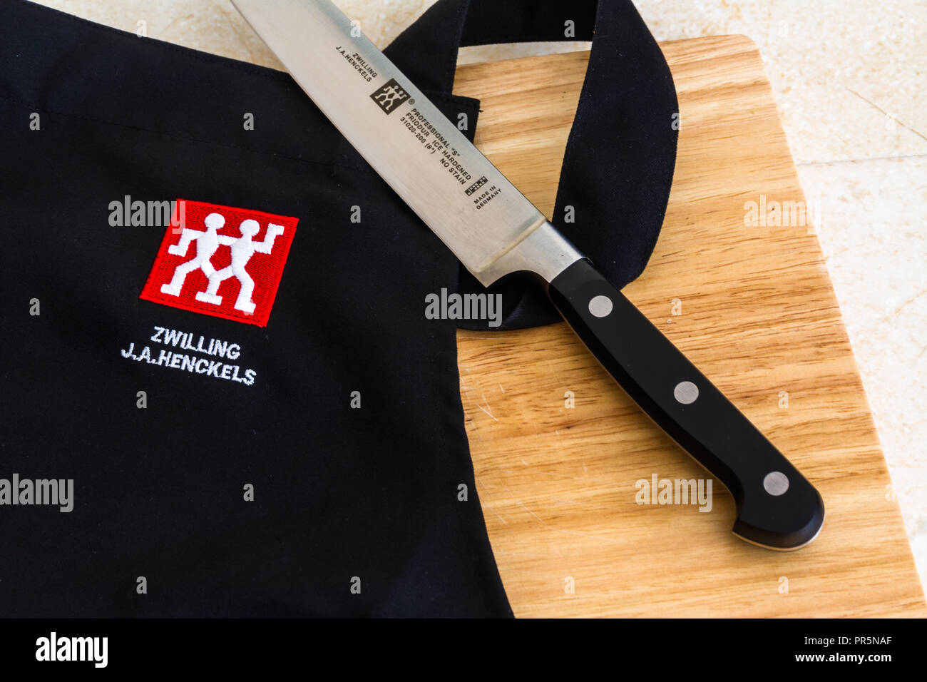 Zwilling Messer Aktion Henckels Stock Photos Henckels Stock Images Alamy