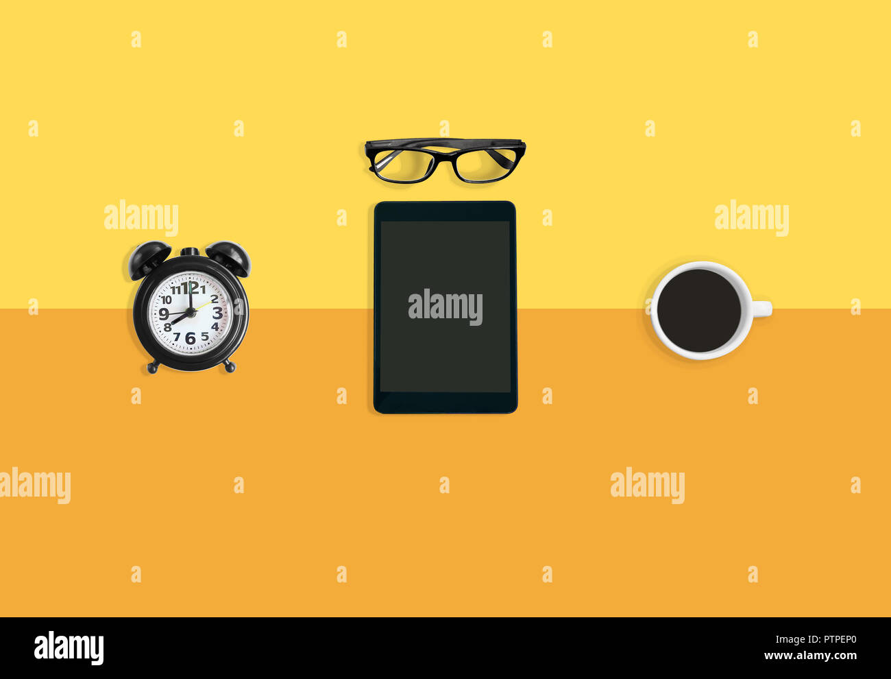 Simple Modern Alarm Clock Coffee Break Concept A Modern Working Space With Simple Yellow