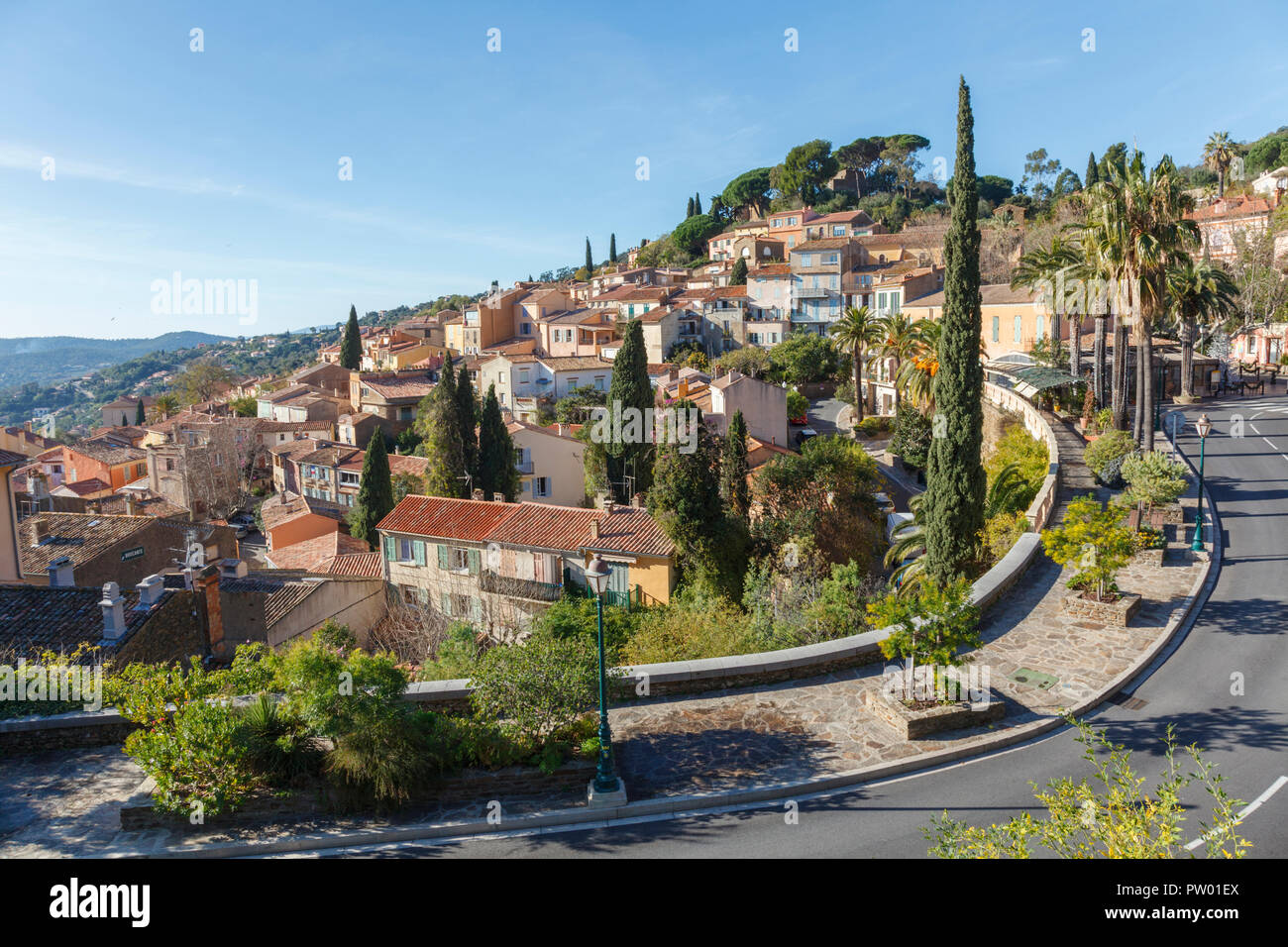 Les Location Streetview In Bormes Les Mimosas A Village In France Location