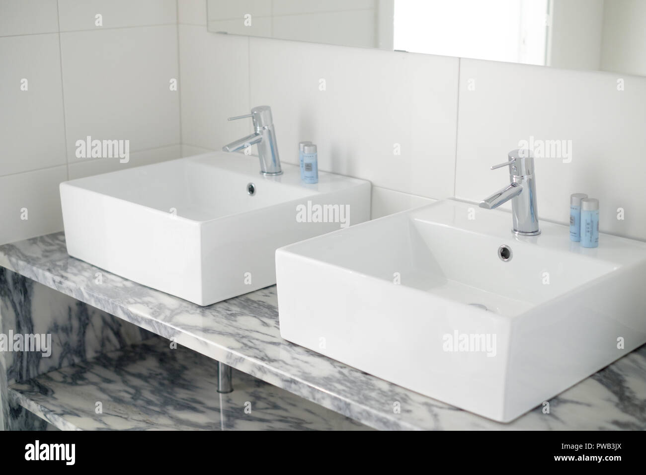 Bagno Design Bradford His And Hers Bathroom Stock Photos His And Hers Bathroom Stock