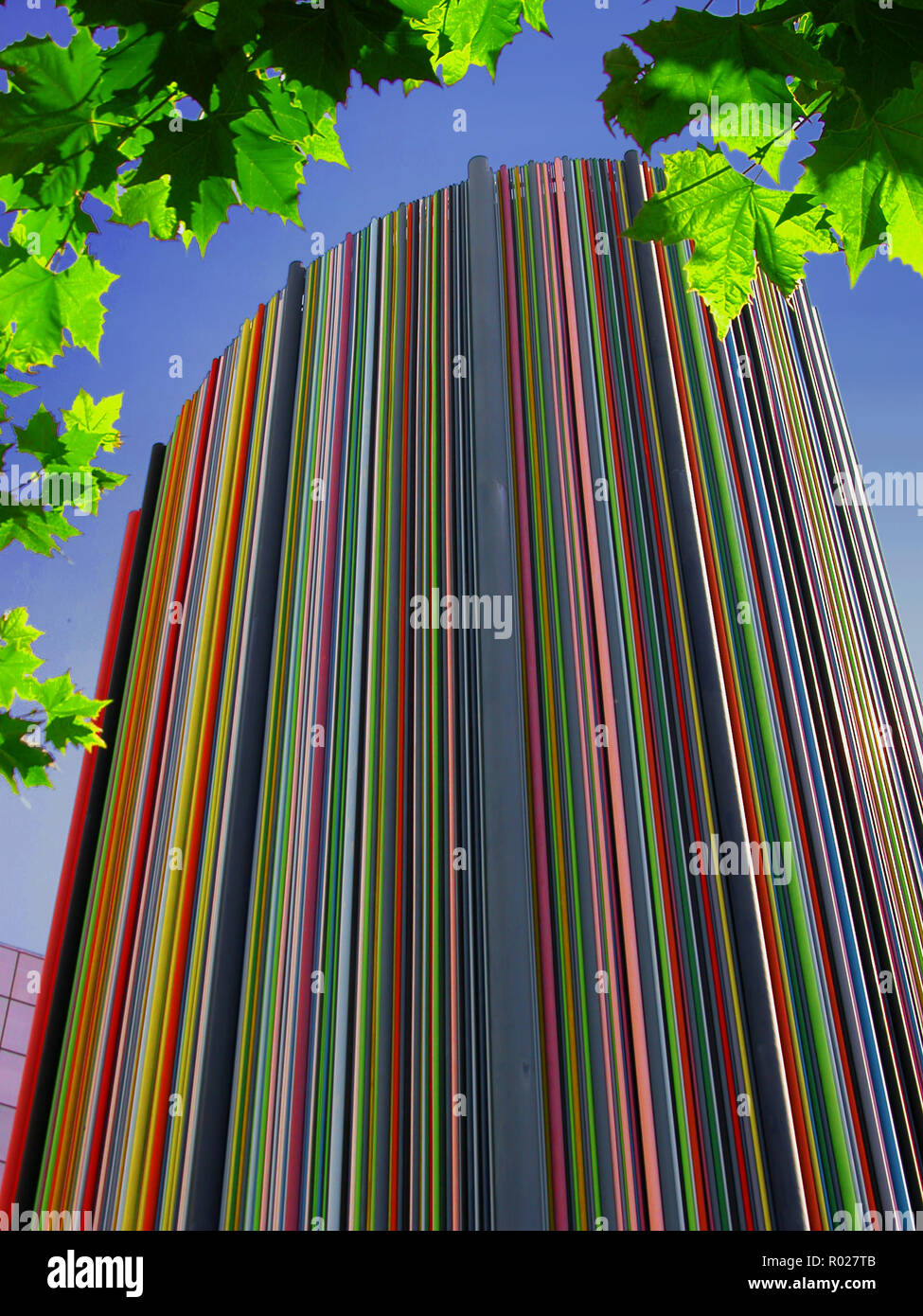 La Cheminée De Moretti La Défense Paris A Modern Sculpture 32 Meters High Made By Raymond Moretti And Consisting Of Hundreds Of Colored Tubes Stock Photo Alamy