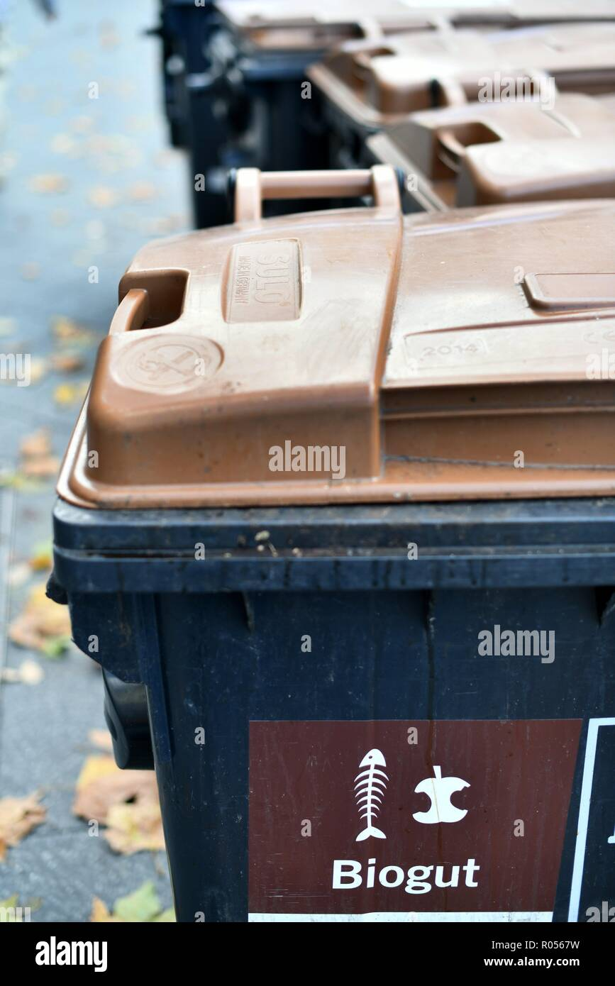 Berlin 24.de Berlin Germany 24th Oct 2018 Bio Waste Container Germany