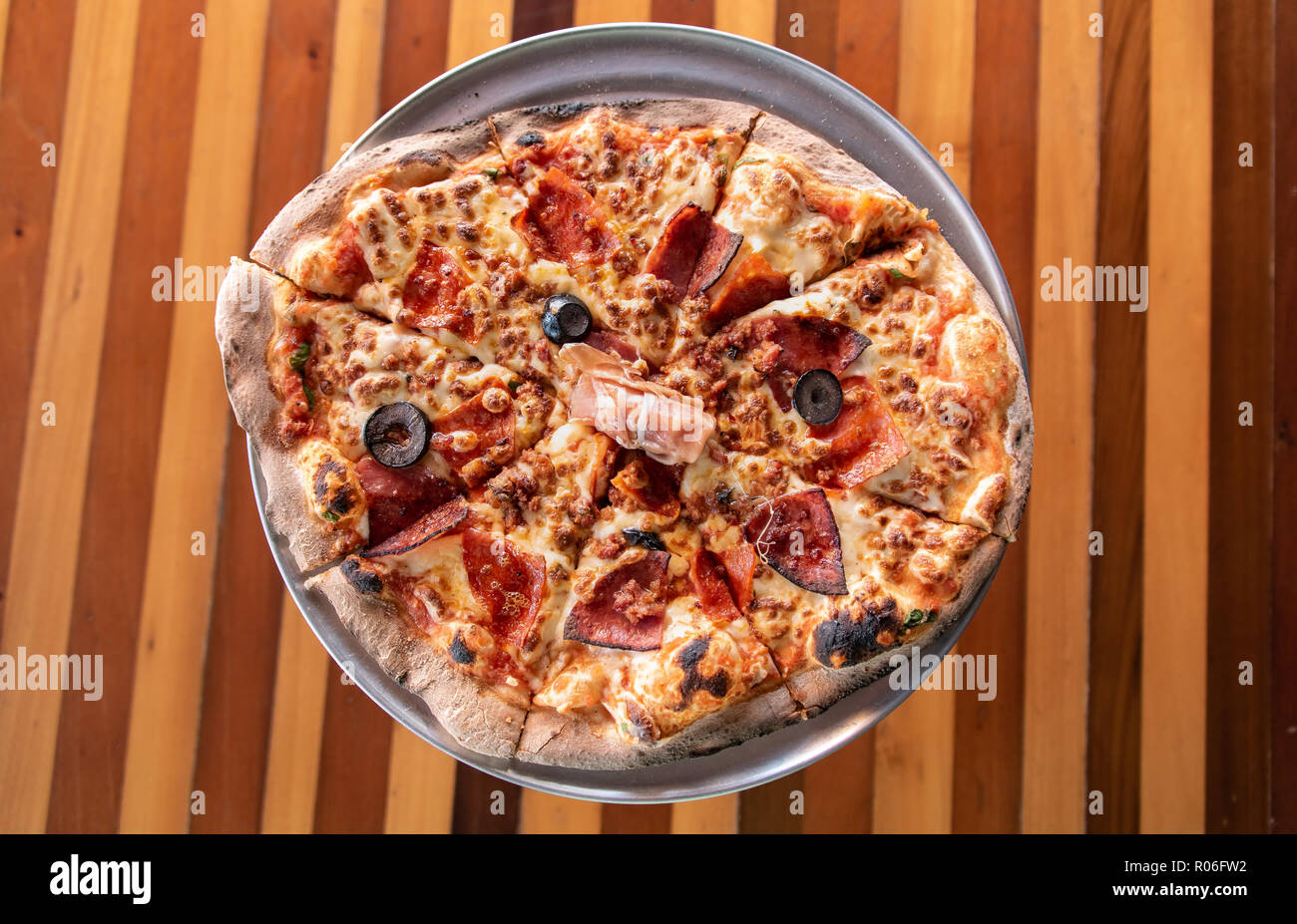 Pizzastand Oven Pizza Stand Stock Photos Pizza Stand Stock Images Alamy