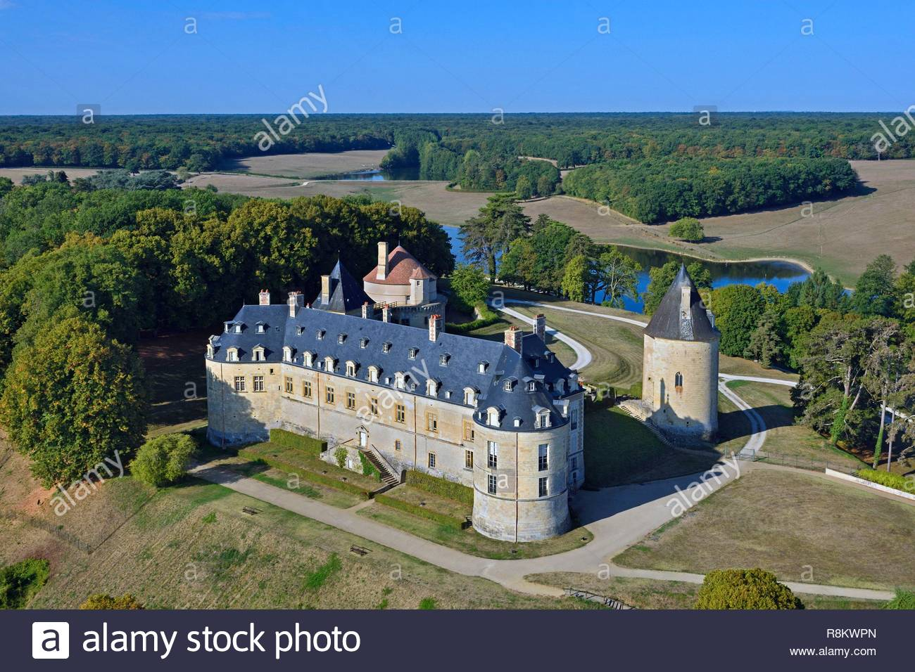 Apremont Sur Allier Chateau Apremont Stock Photos Apremont Stock Images Alamy