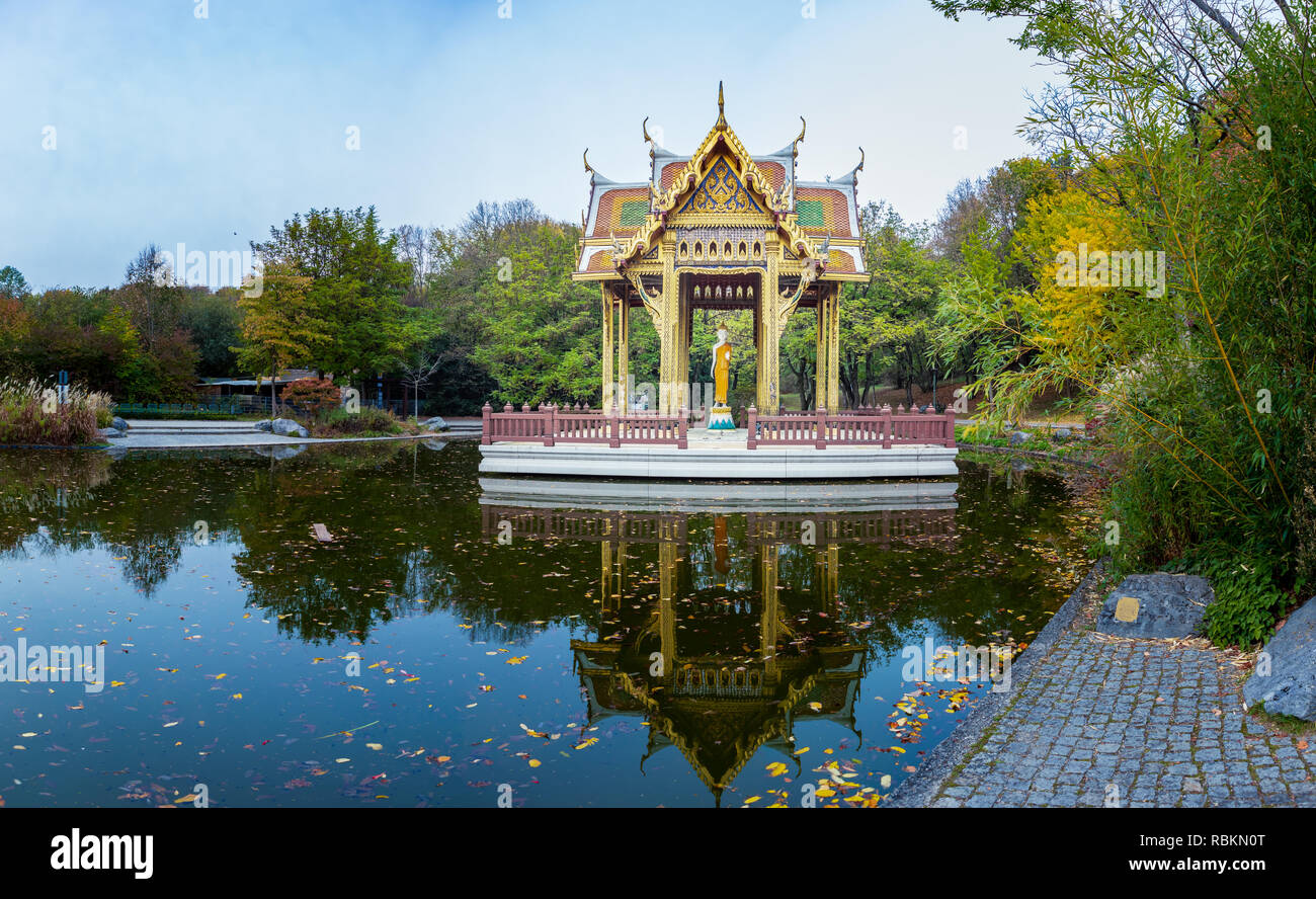 Mond Und Sterne Westpark Westpark Munich Stock Photos Westpark Munich Stock Images