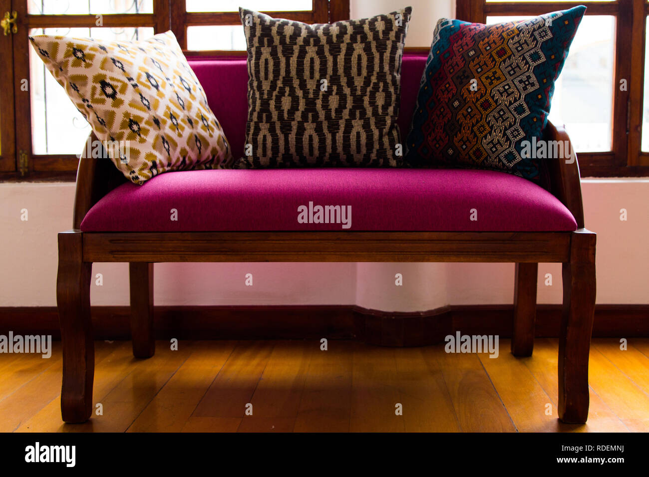 Couch Kissen Sofa Pattern Wood Purple Couch Kissen Muster Sessel Lila