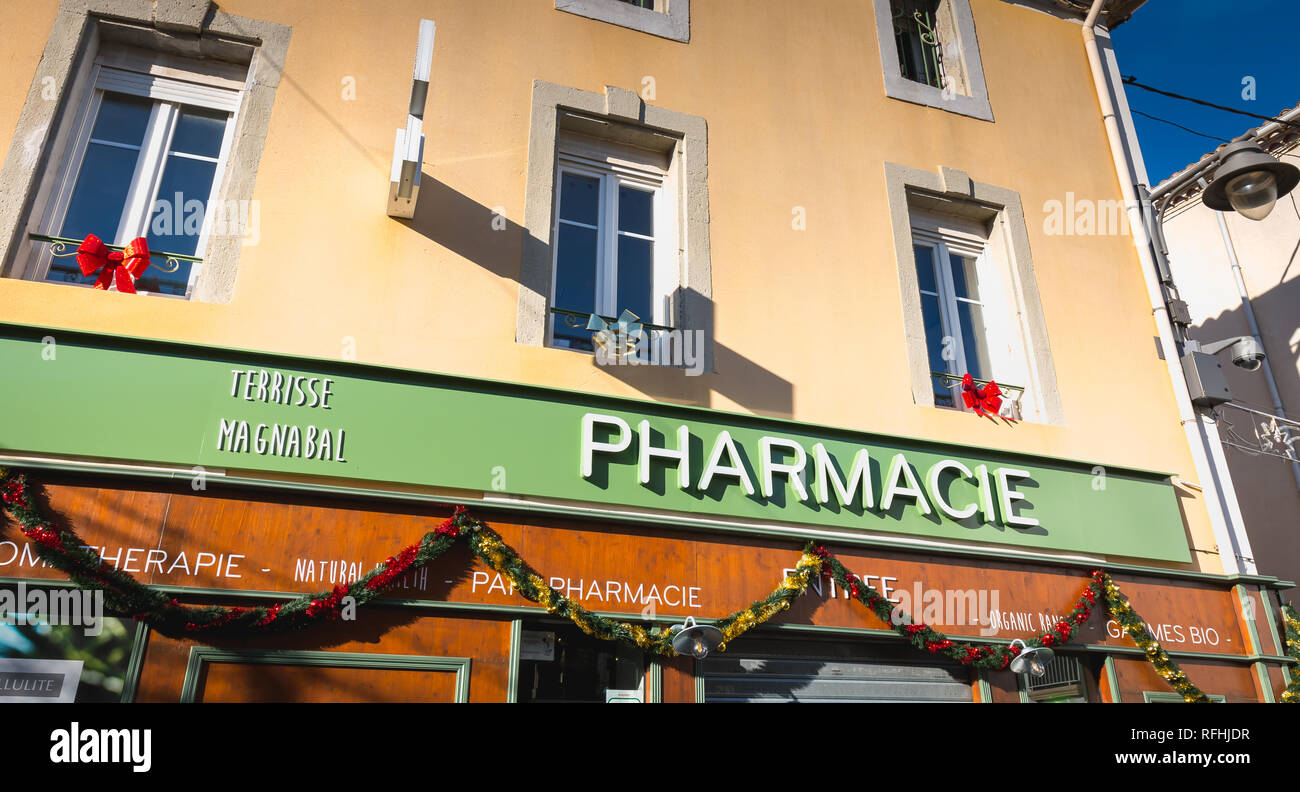 Pharmacie Terrasse Du Port Sete France Market Stock Photos Sete France Market Stock Images