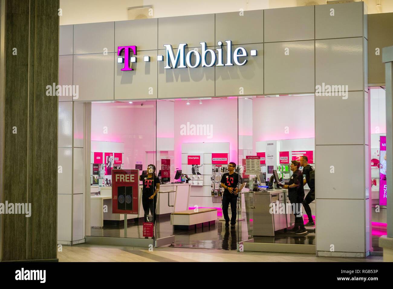 T Mobile Winkel Maastricht T Mobile Mobile Phone Store In Stock Photos T Mobile Mobile