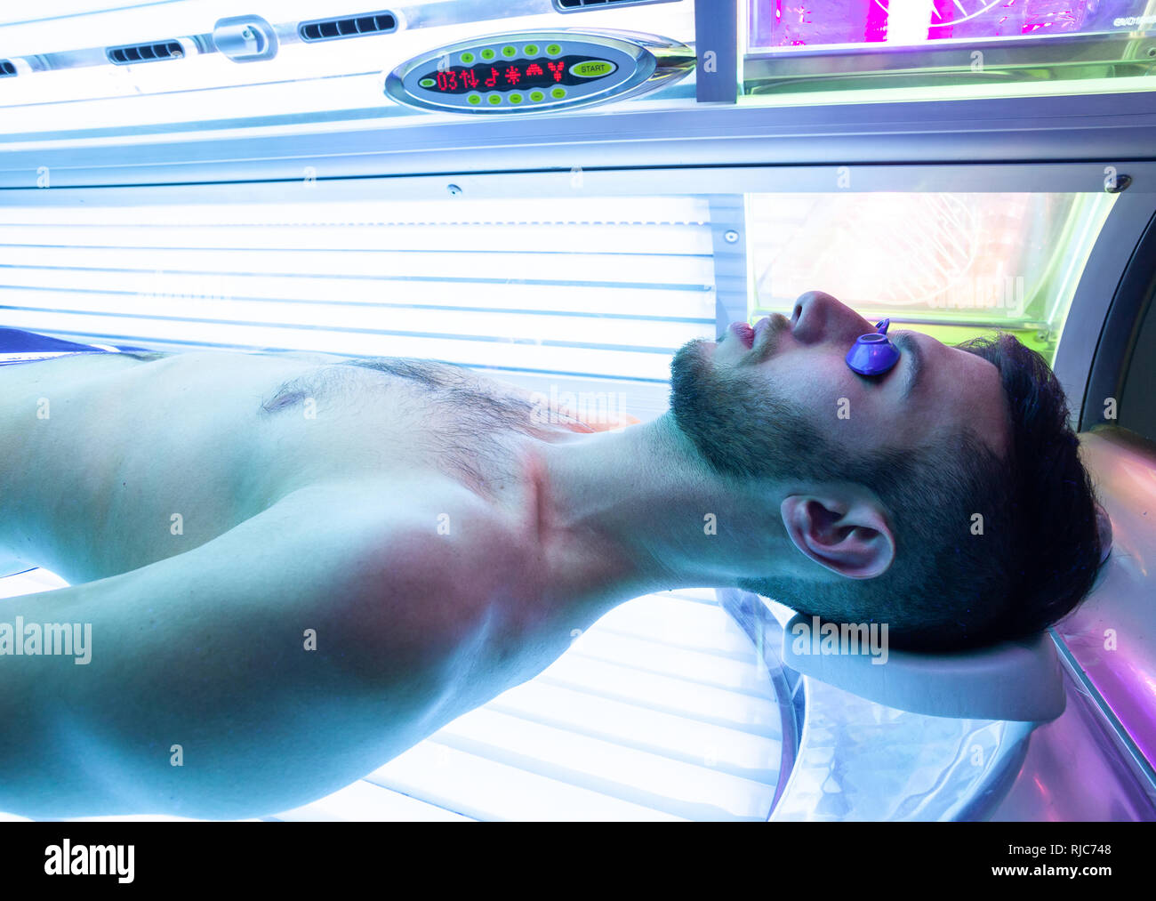 Tanning Beds Sydney Healthy Tanning Stock Photos Healthy Tanning Stock Images Alamy