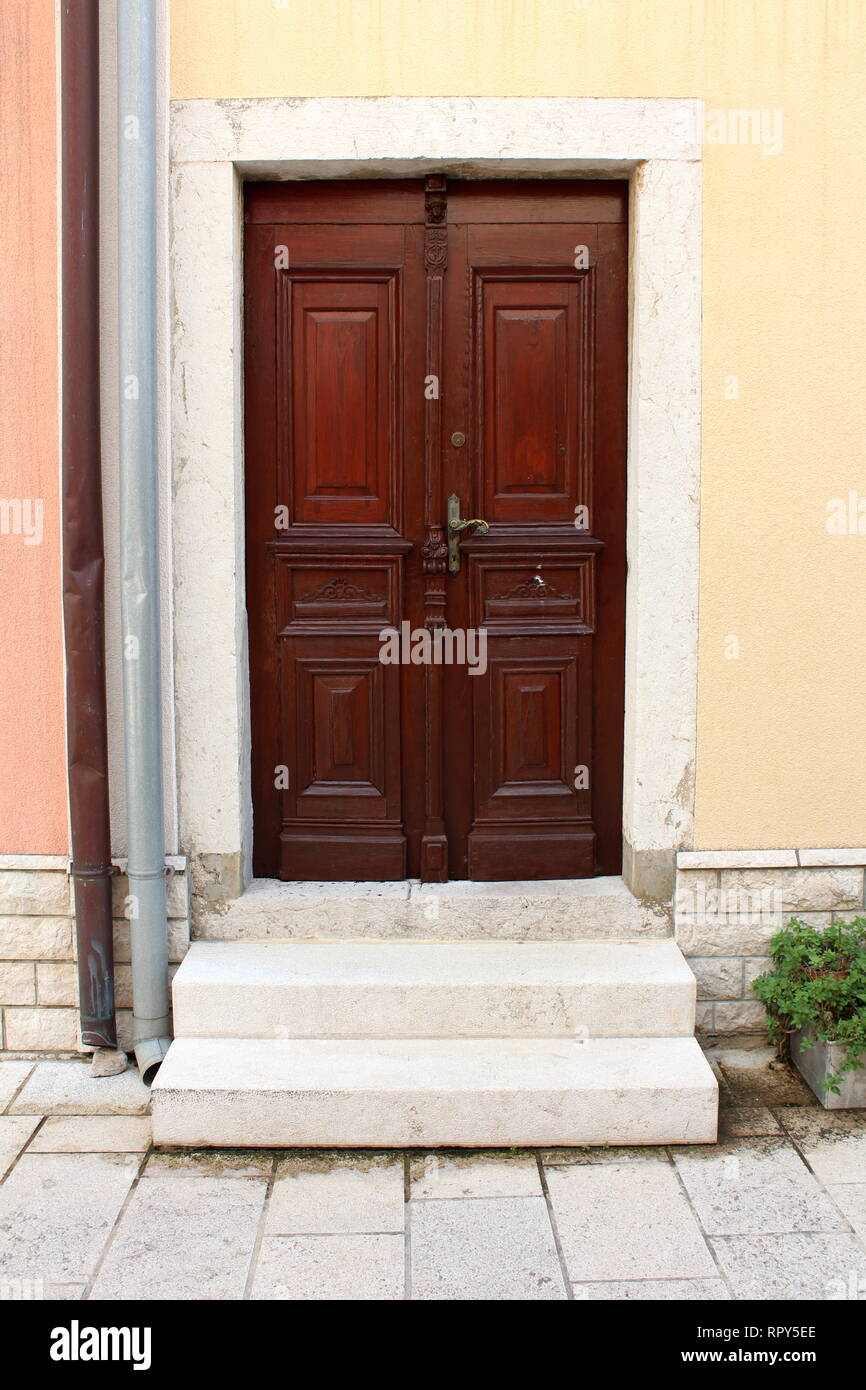 Entrance Doors New Hardwood Family House Entrance Doors With Decorative Details