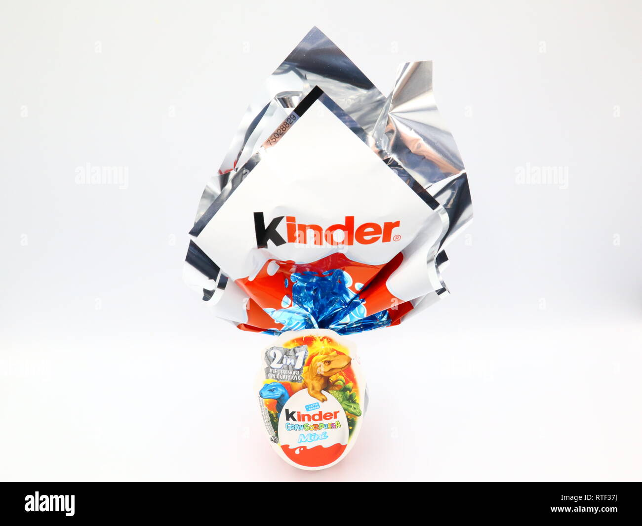 Kinder Origami Kinder Surprise Chocolate Eggs Kinder Surprise Is A Brand