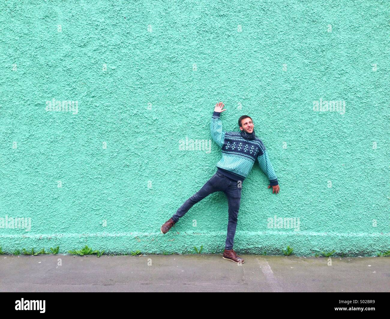 Stuck An Der Wand Stuck On Stock Photos & Stuck On Stock Images - Alamy