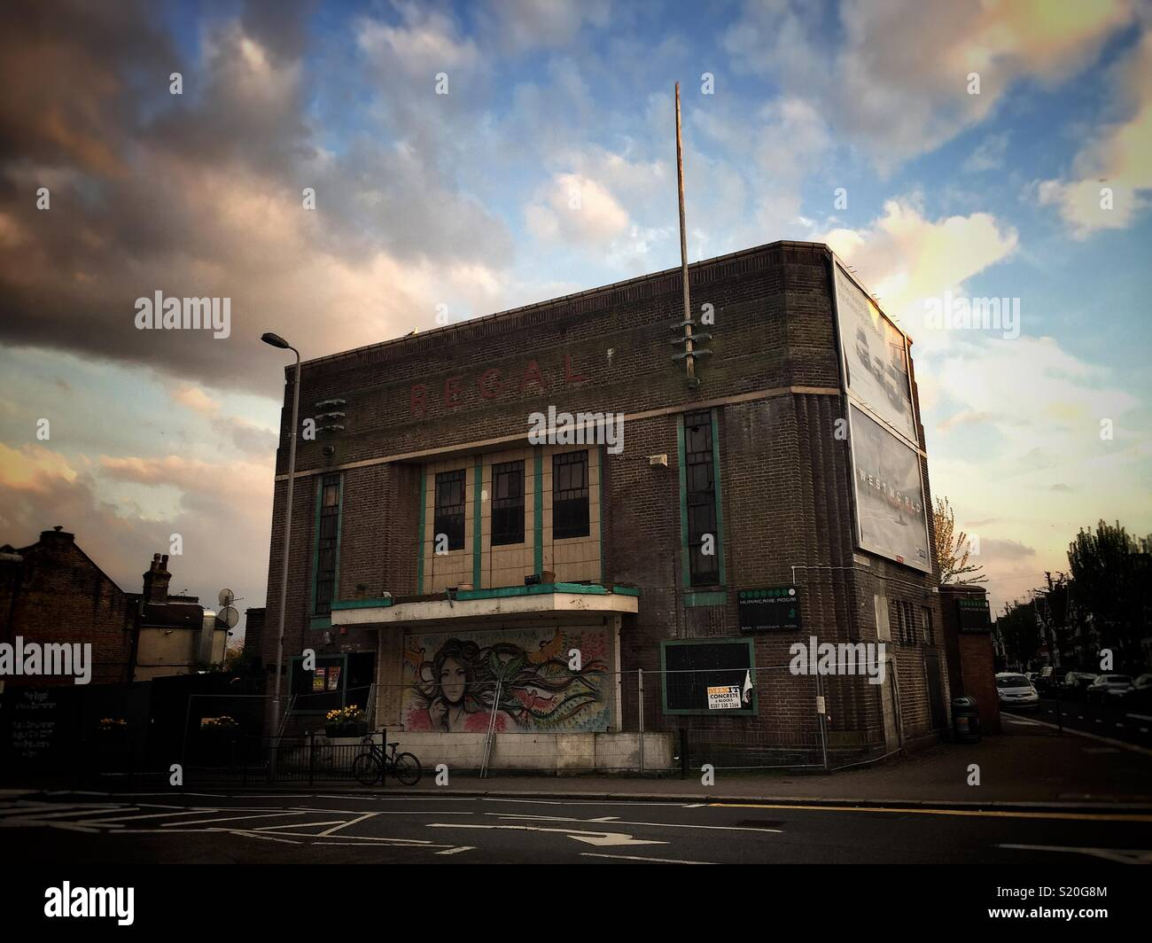 Rio Regal Regal Cinema, Highams Park, Waltham Forest, London. Soon To Be Developed By Rio Cinema Stock Photo - Alamy