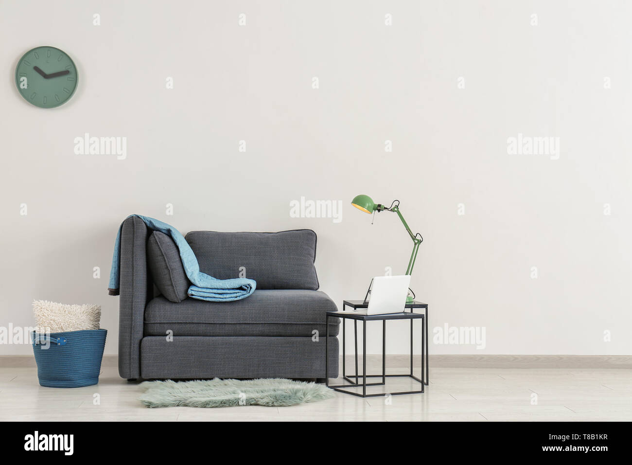 Seats And Sofa Pancho Bank Interior Tables Stock Photos Interior Tables Stock Images Page