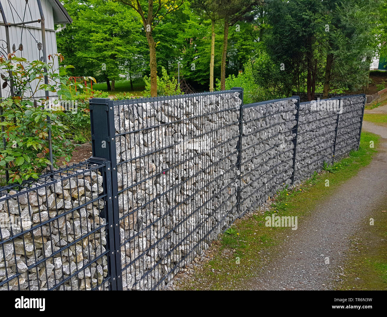 Gabionenzaun Tür Fence Wall Stock Photos Fence Wall Stock Images Page 8 Alamy