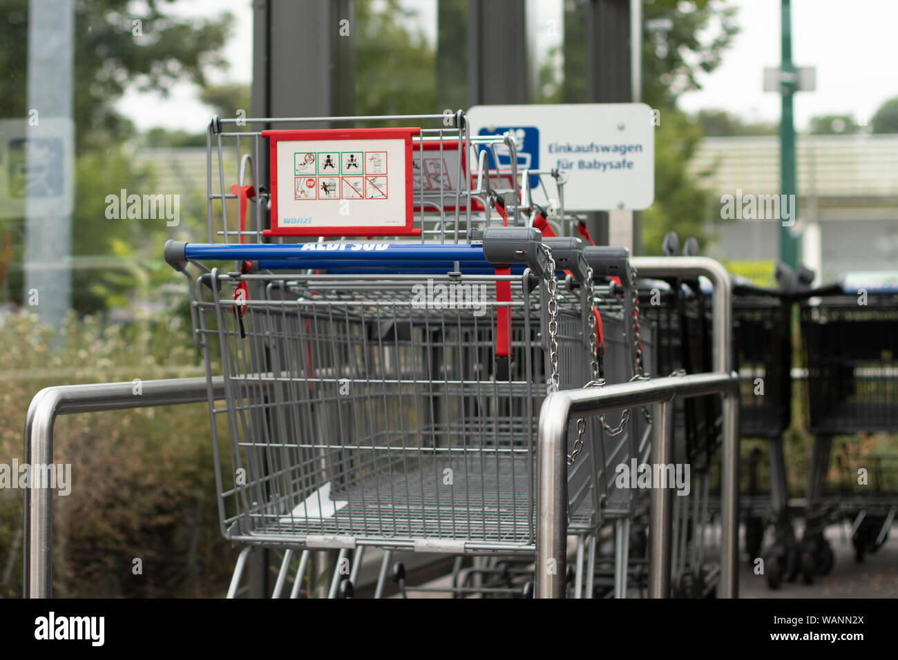Trolley Parking High Resolution Stock Photography And Images Alamy