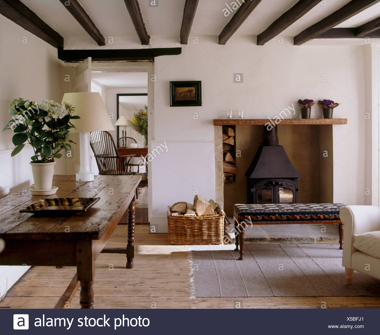 Eichentisch Wohnzimmer Cottage Living Room Old Stock Photos And Cottage Living Room