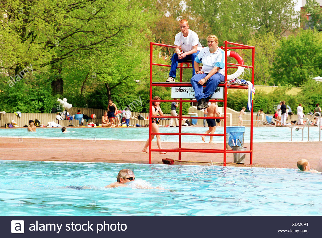 Swimmingpool Berlin Lifeguard In A Swimming Pool In Berlin Kreuzberg Stock Photo