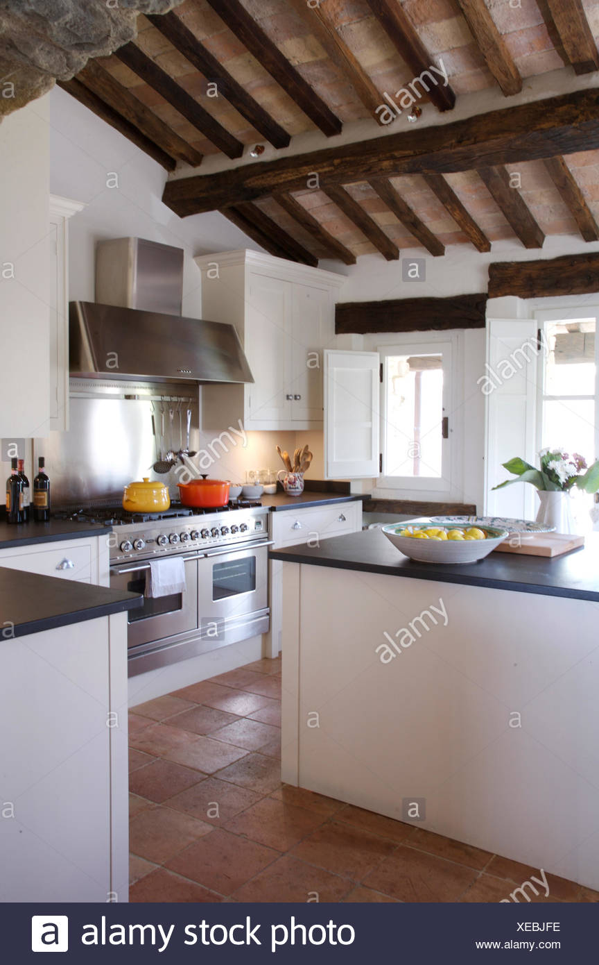 Italian Country Kitchen Modern Italian Country Kitchen With Rustic Wooden Ceiling Beams