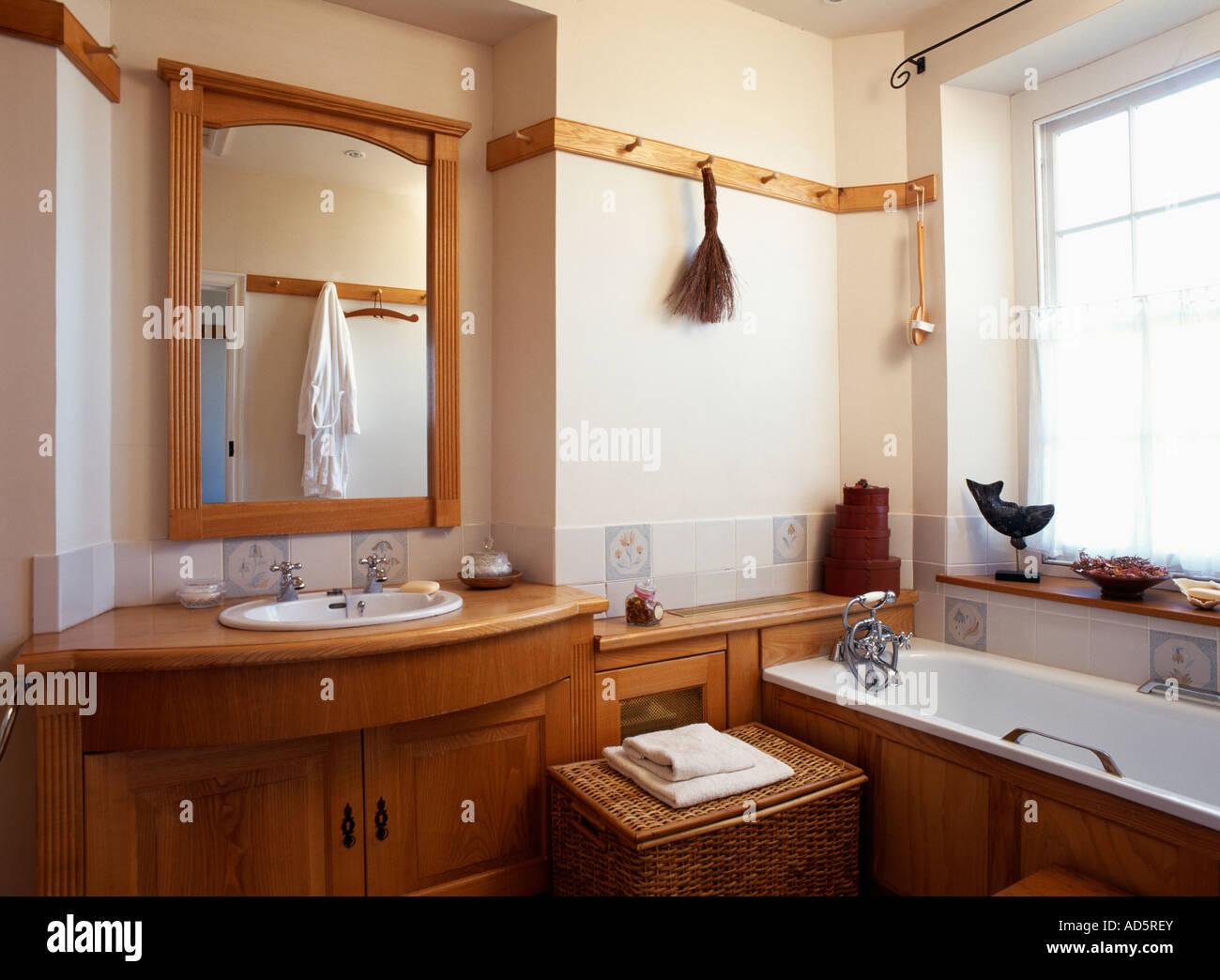 Waschbecken Mit Unterschrank Holz Badezimmer Unterschrank Holz