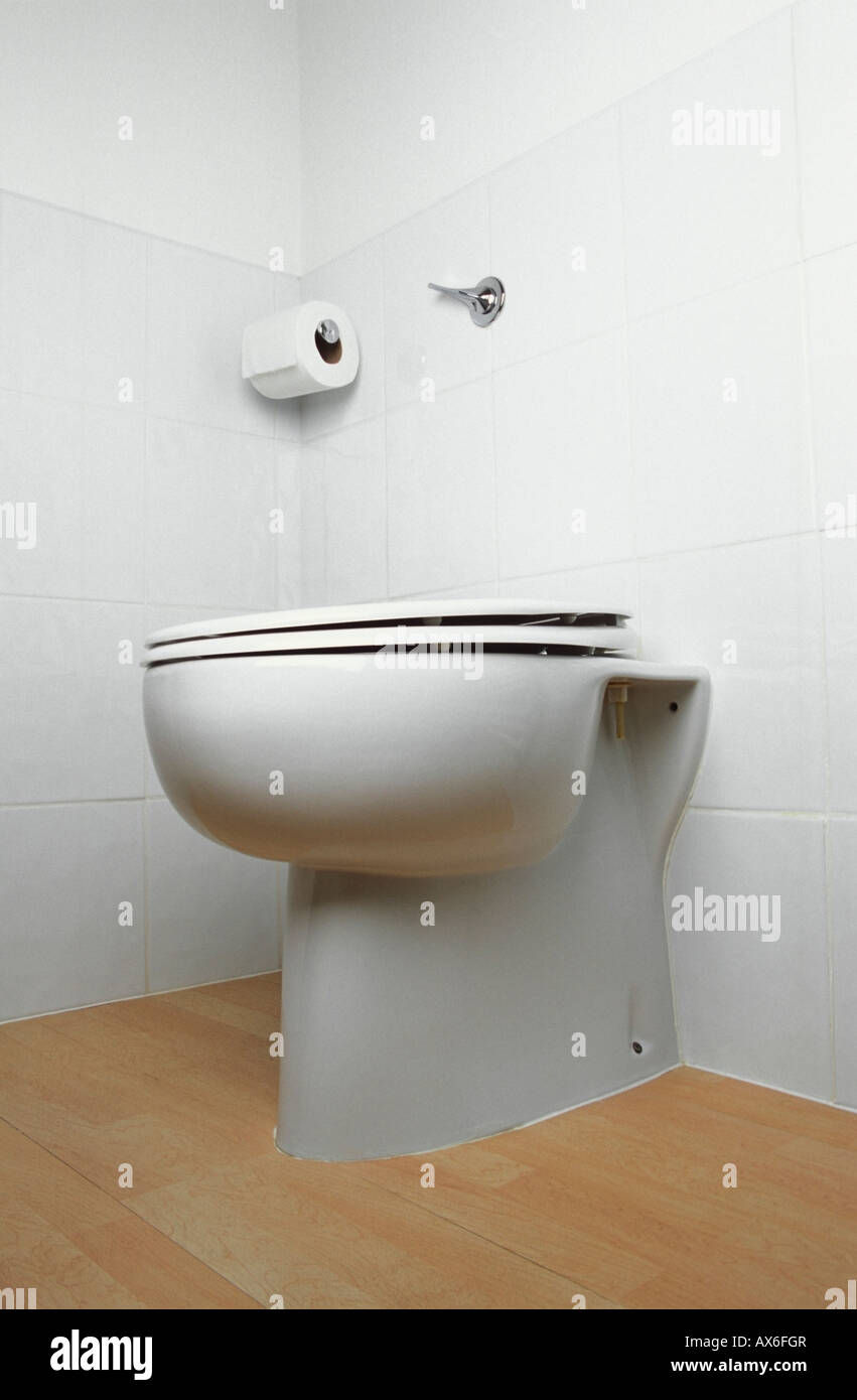 Toilette Stehend Toilet Stock Stockfotos Toilet Stock Bilder Alamy