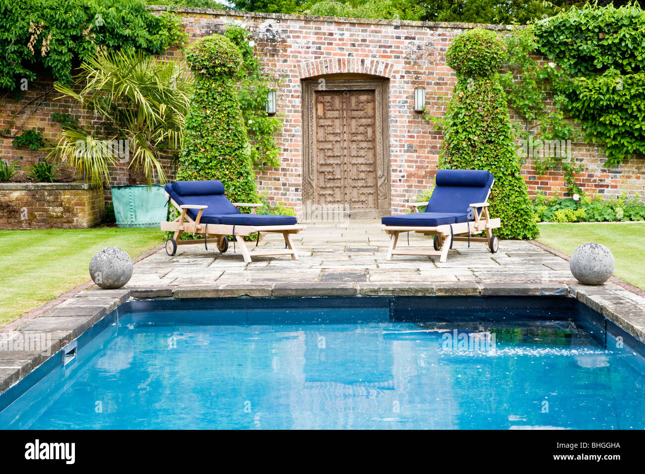 Pool Garten Absicherung Garden Swimming Pool England Stockfotos Garden Swimming Pool