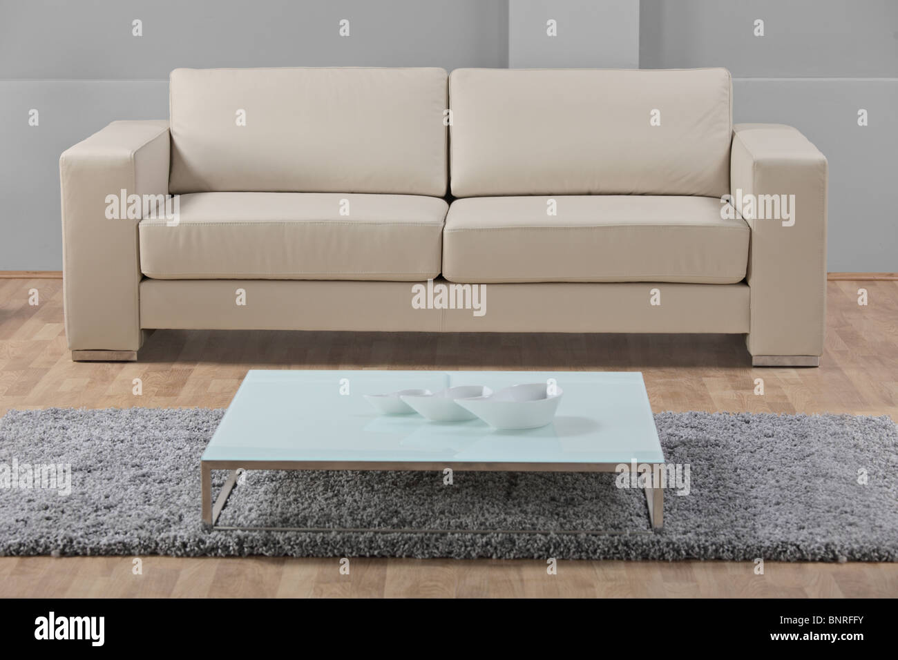 Weißes Ledersofa Sofa Stockfotos And Sofa Bilder Alamy