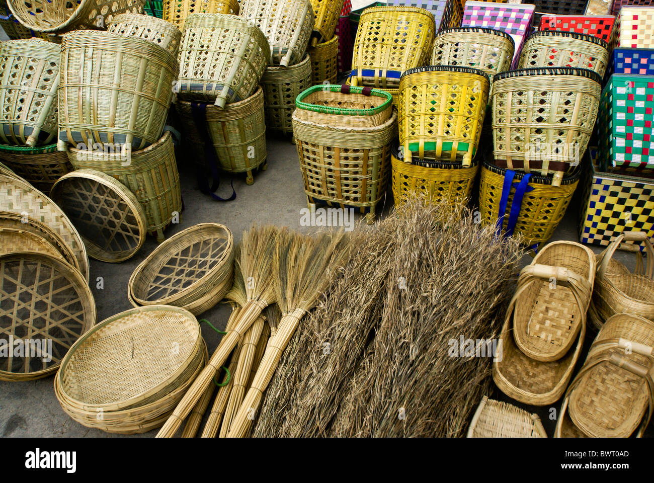 Pool Reinigen Besen Brooms Stockfotos And Brooms Bilder Alamy