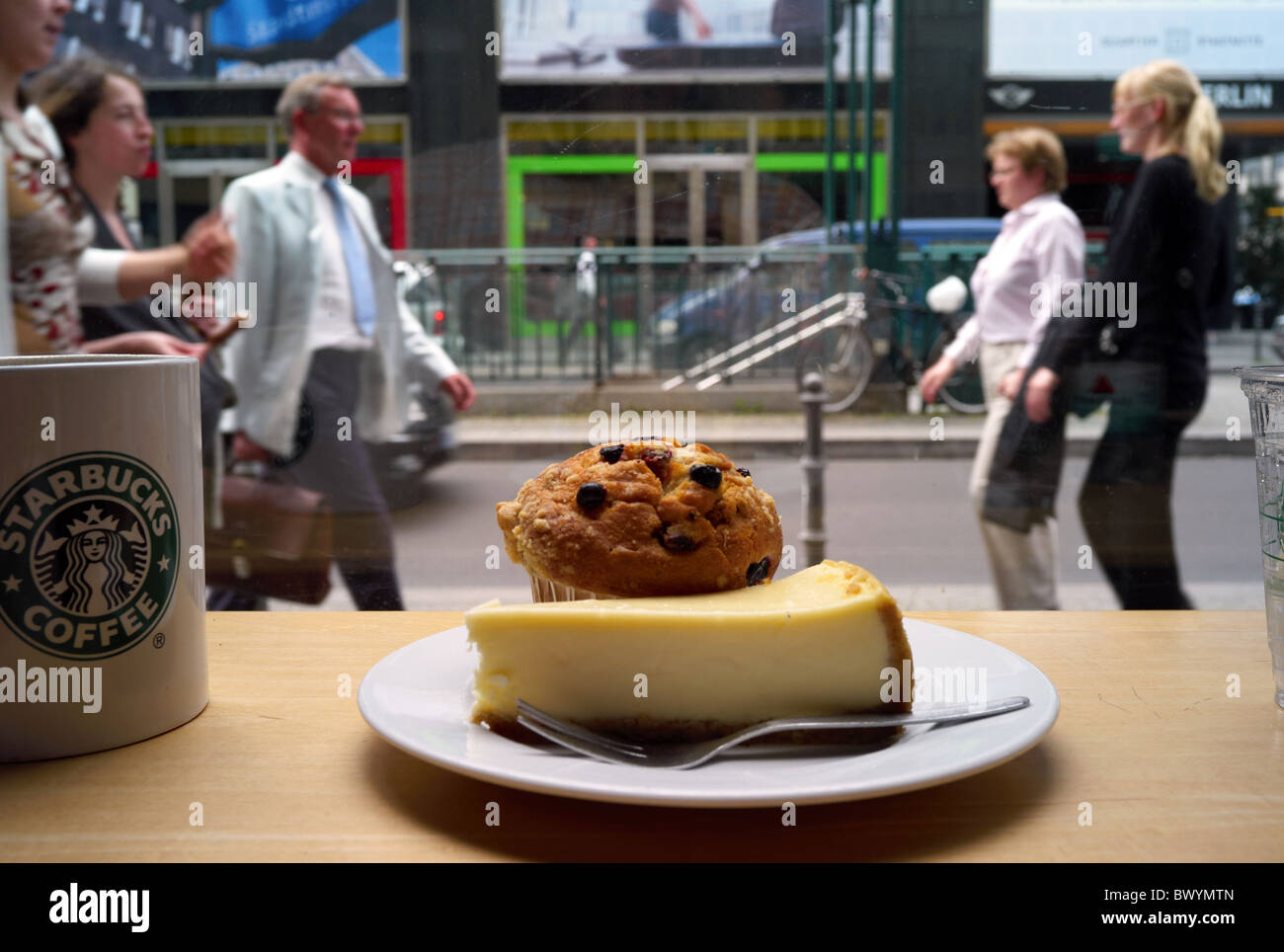 Kaffee Und Kuchen Berlin Berlin Sweets Stockfotos And Berlin Sweets Bilder Alamy