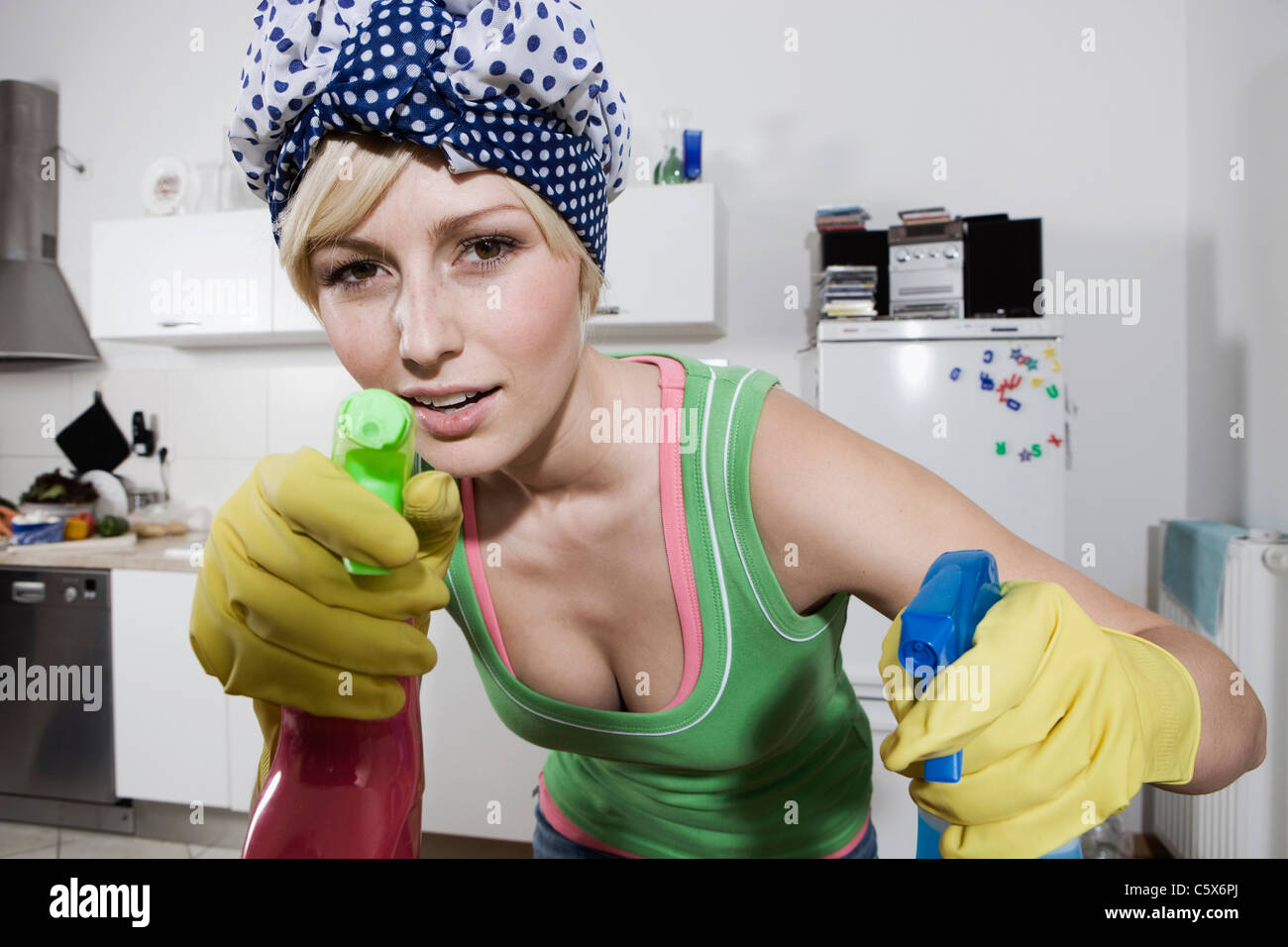 Junge Küche Berlin Germany Housewife Stockfotos And Germany Housewife Bilder